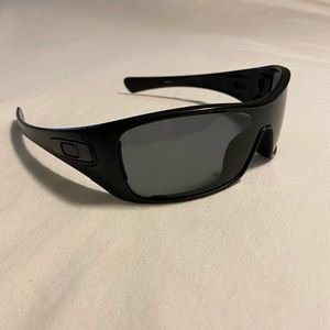 Oakley Polarized Mens Antix Sunglasses